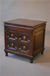 A William and Mary oak lidded floor box.