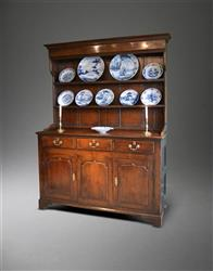 A small George III dresser and rack.